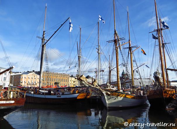 Старинные корабли порт Хельсинки