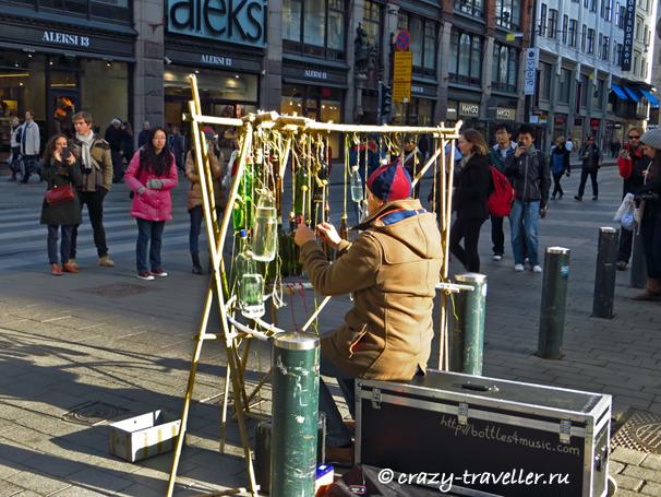 Хельсинки Бутылочная музыка уличный музыкант