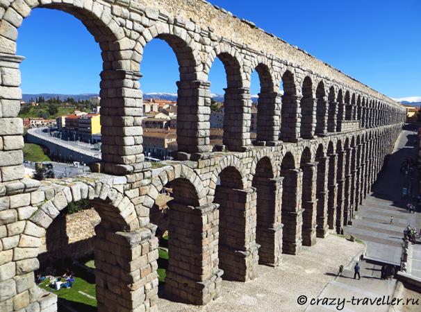 поездка из Мадрида Сеговия: однодневная поездка из Мадрида Aqueduct