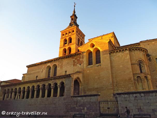 поездка из Мадрида Сеговия: однодневная поездка из Мадрида San Martin